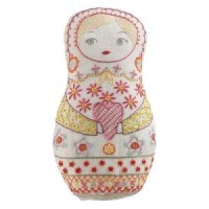 画像3: (by00550)中級者向け 刺繍キット フランス製 マトリョーシカ ぬいぐるみ ししゅう
