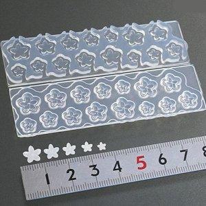画像1: (S946)シリコンモールド 桃の花 小花 和風 春の花 フラワー型 立体 5サイズ×3種 レジンに